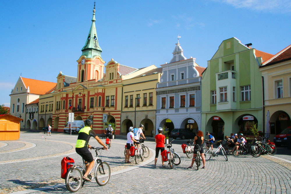 cycling in prague